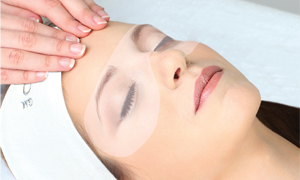 collagen eye treatment included in facial